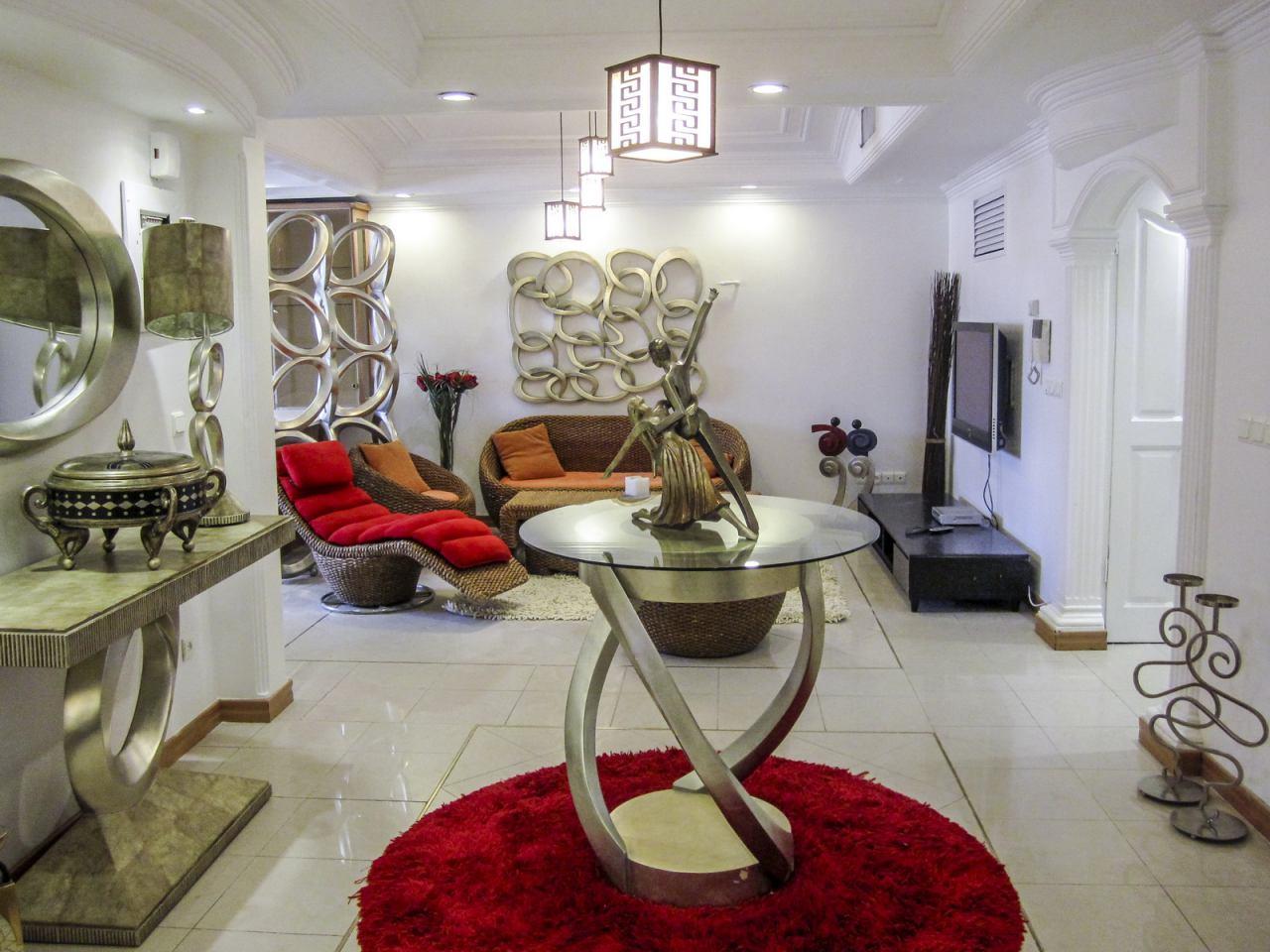 آپارتمان عباس آباد ۳و۲ خوابه ۲۴۰ متری سوپر لوکس