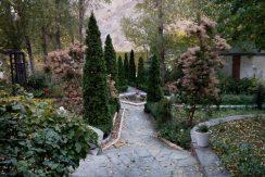 اجاره ویلا در تهران ,ویلای جاده اوشان,باغ بزرگ با آبنما و رودخانه