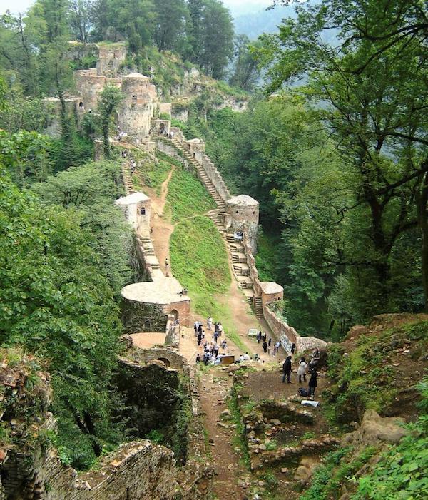 قلعه رودخان دژ کهن کجاست و چند پله دارد ۱۰۰ عکس
